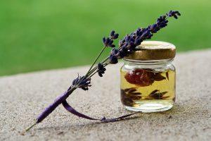 Oil und Lavendel